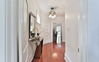 Photo 4: 236 Bain Avenue in Toronto: North Riverdale House (3-Storey) for sale (Toronto E01)  : MLS®# E4760020
