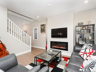 Photo 3: 959 Lobo Vale in Langford: La Happy Valley Row/Townhouse for sale : MLS®# 843446