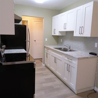 Photo 1: 308 32175 Old Yale Road in Abbotsford: Abbotsford West Condo for sale : MLS®# R2350844