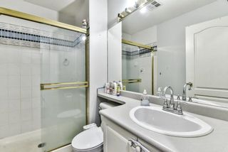 """Photo 12: 31 7330 122 Street in Surrey: West Newton Townhouse for sale in """"STRAWBERRY HILL ESTATES"""" : MLS®# R2267551"""