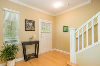 "Photo 3: 5412 LARCH Street in Vancouver: Kerrisdale Townhouse for sale in ""LARCHWOOD"" (Vancouver West)  : MLS®# R2466772"