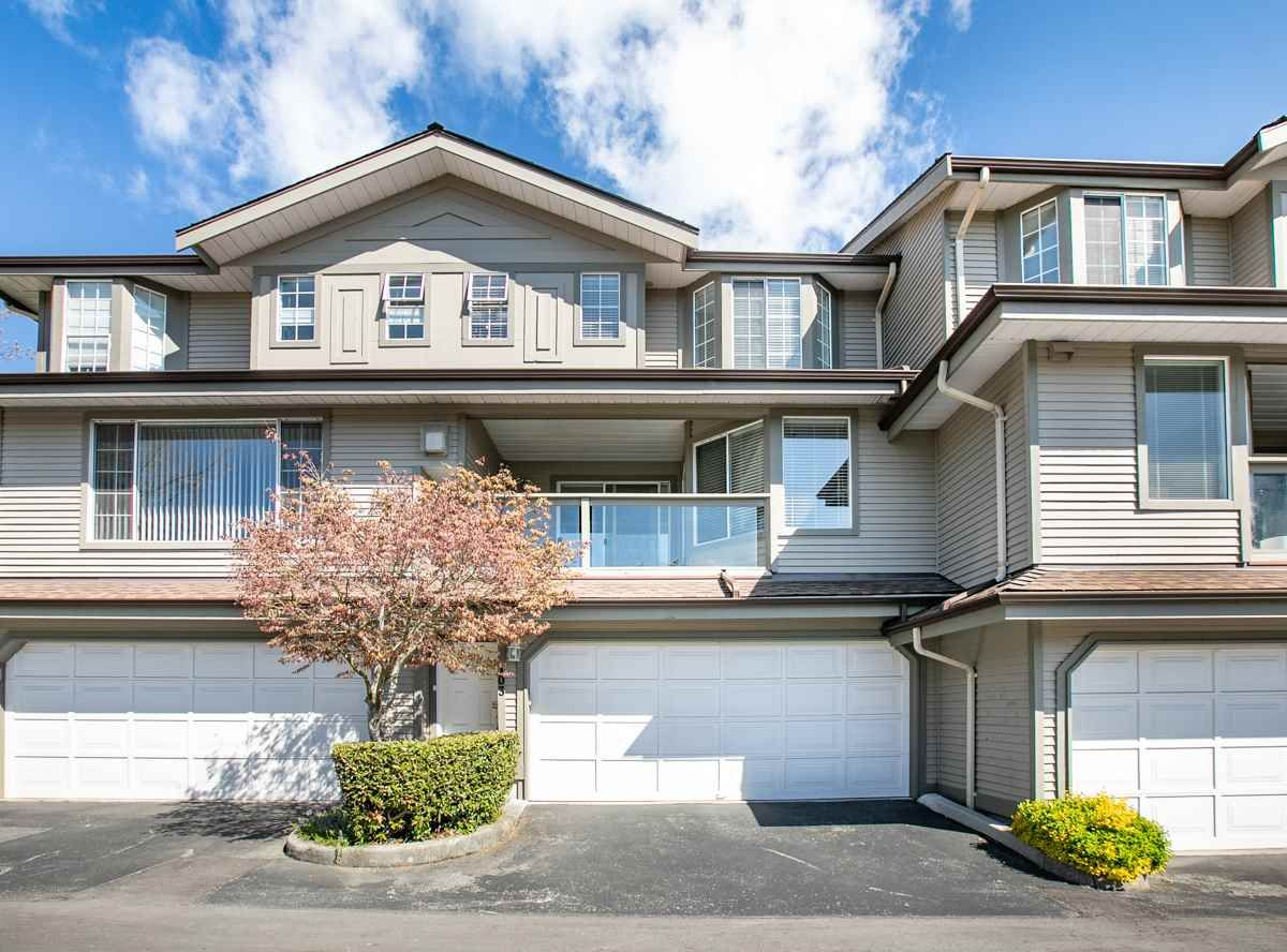 Main Photo: 103 2880 PANORAMA DRIVE in Coquitlam: Westwood Plateau Townhouse for sale ()  : MLS®# R2361392