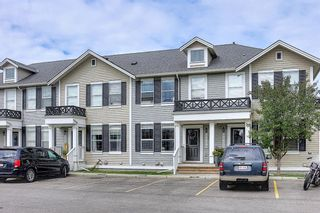 Photo 2: 3904 1001 8 Street NW: Airdrie Row/Townhouse for sale : MLS®# A1124150