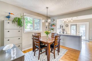 Photo 6: 202 19 Street NW in Calgary: West Hillhurst Semi Detached for sale : MLS®# A1129598
