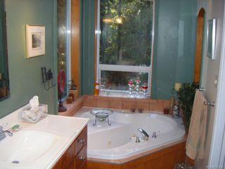 Photo 11: 2060 Ida Ave in SHAWNIGAN LAKE: ML Shawnigan House for sale (Malahat & Area)  : MLS®# 521290