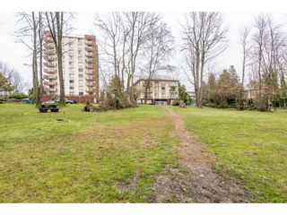 """Photo 18: 203 1945 WOODWAY Place in Burnaby: Brentwood Park Condo for sale in """"Hillside Terrace"""" (Burnaby North)  : MLS®# R2249414"""