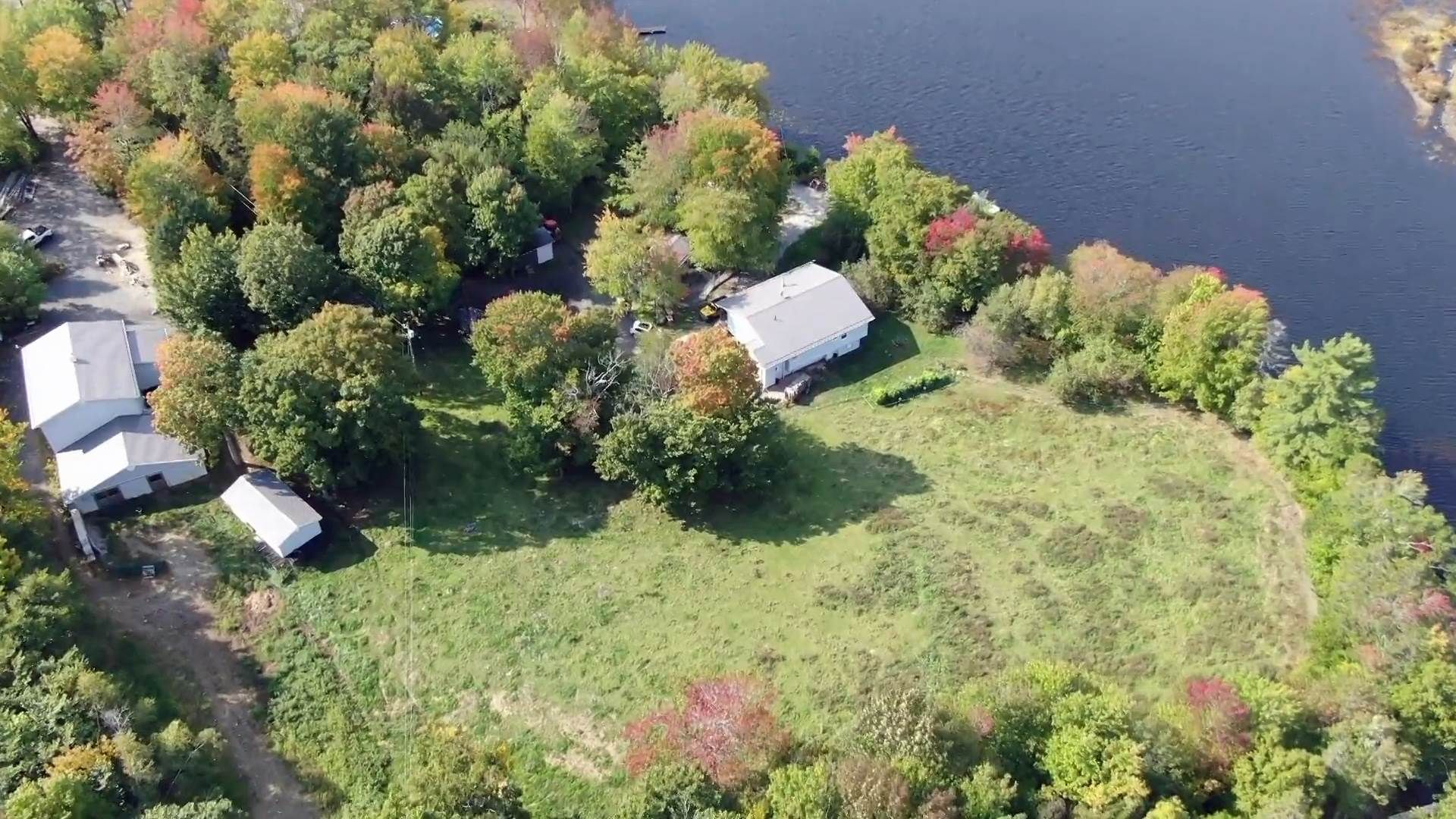 Main Photo: 55 Lake Shore Drive in West Clifford: 405-Lunenburg County Residential for sale (South Shore)  : MLS®# 202102286