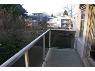 """Photo 10: 304 1166 W 11TH Avenue in Vancouver: Fairview VW Condo for sale in """"WESTVIEW PLACE"""" (Vancouver West)  : MLS®# V868684"""