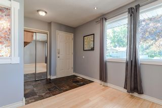 Photo 3: 336 Wascana Crescent SE in Calgary: Willow Park Detached for sale : MLS®# A1144272