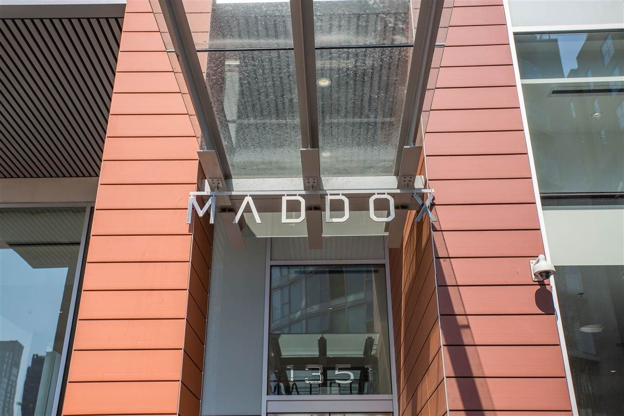 """Main Photo: 2006 1351 CONTINENTAL Street in Vancouver: Downtown VW Condo for sale in """"MADDOX"""" (Vancouver West)  : MLS®# R2301075"""