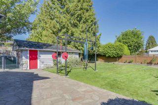 Photo 18: 972 BALBIRNIE Boulevard in Port Moody: Glenayre House for sale : MLS®# R2109188