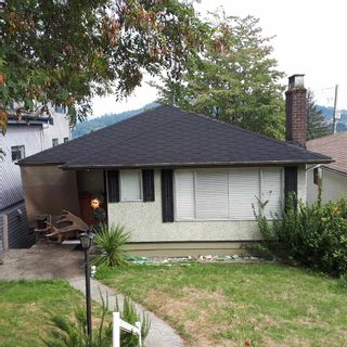 Main Photo: 142 ELLESMERE Avenue in Burnaby: Capitol Hill BN House for sale (Burnaby North)  : MLS®# R2617304