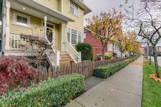 "Photo 3: 2 6333 PRINCESS Lane in Richmond: Steveston South Townhouse for sale in ""LONDON LANDING"" : MLS®# R2122942"