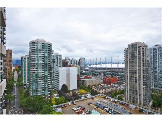 """Photo 8: # 1907 977 MAINLAND ST in Vancouver: Yaletown Condo for sale in """"YALETOWN PARK III"""" (Vancouver West)  : MLS®# V1015117"""