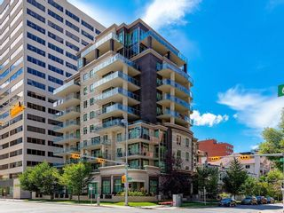 Photo 1: 502 701 3 Avenue SW in Calgary: Eau Claire Apartment for sale : MLS®# C4301387
