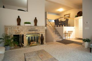 Photo 7: 150 Southwalk Bay in Winnipeg: River Park South Residential for sale (2F)  : MLS®# 202120702