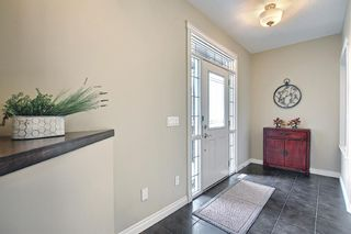 Photo 5: 47 ASPENSHIRE Drive SW in Calgary: Aspen Woods Detached for sale : MLS®# A1106772