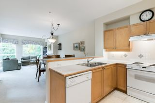 """Photo 15: 203 6198 ASH Street in Vancouver: Oakridge VW Condo for sale in """"The Grove 6198 Ash"""" (Vancouver West)  : MLS®# R2614969"""