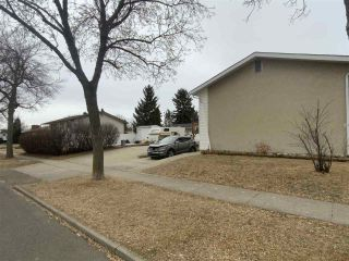 Photo 3: 5923 148 Avenue in Edmonton: Zone 02 House for sale : MLS®# E4236170