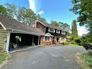 Photo 2: 3465 Beach Dr in : OB Uplands House for sale (Oak Bay)  : MLS®# 876299