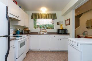 Photo 11: 56 1506 Admirals Rd in : VR Glentana Row/Townhouse for sale (View Royal)  : MLS®# 874731