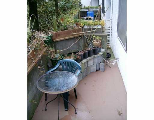 """Main Photo: 101 830 E 7TH AV in Vancouver: Mount Pleasant VE Condo for sale in """"THE FAIRFAX"""" (Vancouver East)  : MLS®# V579312"""