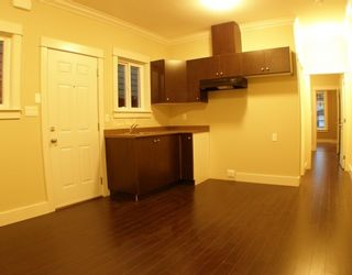 """Photo 9: 6679 BLUNDELL Road in Richmond: Granville House for sale in """"WOODRIDGE MEWS"""" : MLS®# V748353"""