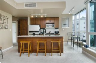 """Photo 5: 502 138 E ESPLANADE in North Vancouver: Lower Lonsdale Condo for sale in """"Premier at the Pier"""" : MLS®# R2108976"""