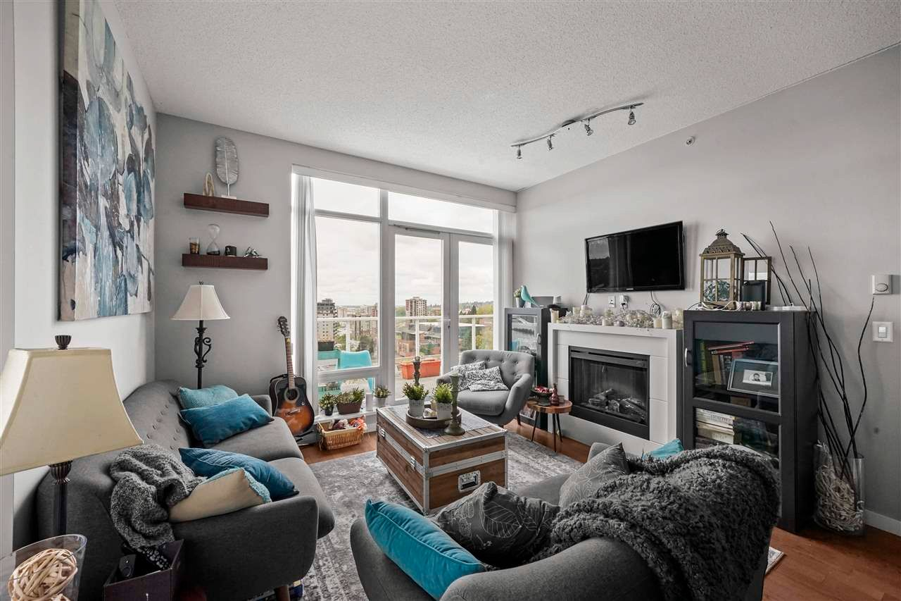 """Photo 6: Photos: PH7 39 SIXTH Street in New Westminster: Downtown NW Condo for sale in """"QUANTUM"""" : MLS®# R2575142"""