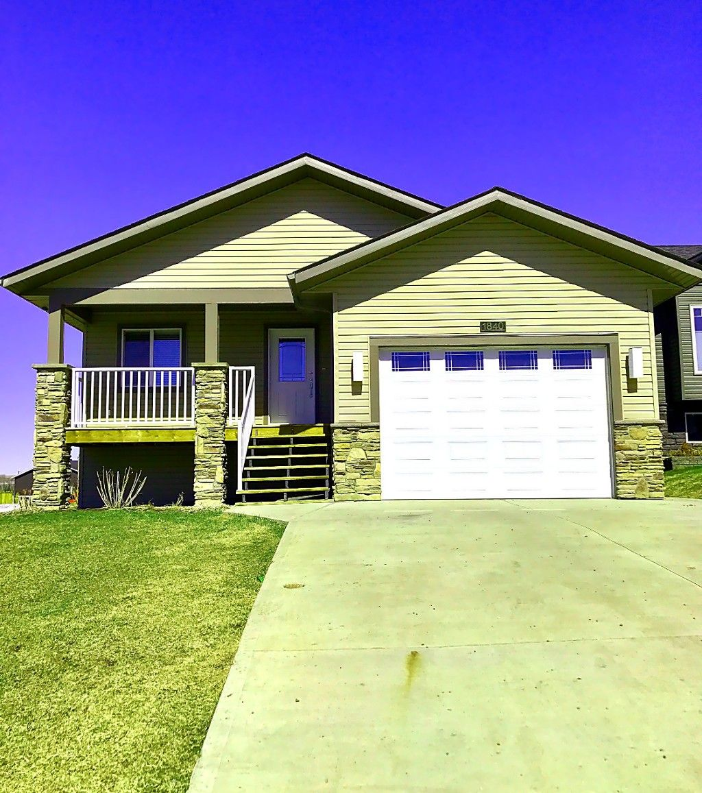 Main Photo: 1840 84 Avenue in dawsoncreek: House for sale