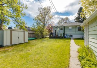 Photo 2: 2608 18 Street SW in Calgary: Bankview Detached for sale : MLS®# A1113070