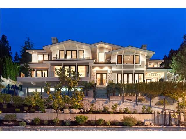 A Breathtaking Family Residence Sits On A Private Gated Estate Overlooking  Spectacular Ocean Views! Exquisitely Finished Feature Luxurious Finishings  ...