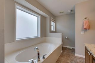 Photo 30: 20 Rockyledge Crescent NW in Calgary: Rocky Ridge Detached for sale : MLS®# A1123283