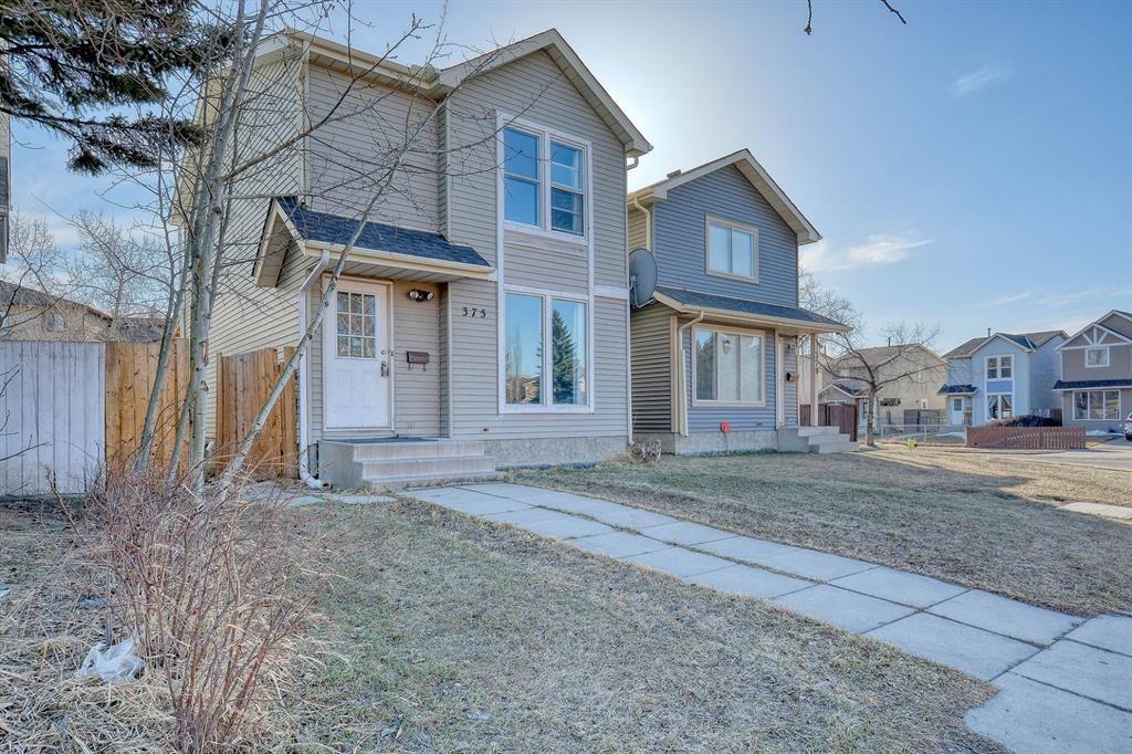Main Photo: 375 Falshire Way NE in Calgary: Falconridge Detached for sale : MLS®# A1089444