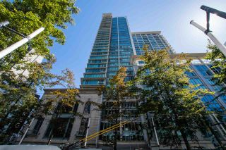"Main Photo: 1513 610 GRANVILLE Street in Vancouver: Downtown VW Condo for sale in ""The Hudson"" (Vancouver West)  : MLS®# R2493262"