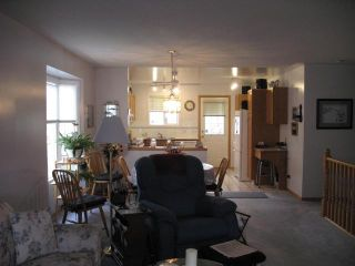 Photo 13: 3323 28 Street SE in CALGARY: West Dover Residential Attached for sale (Calgary)  : MLS®# C3498033