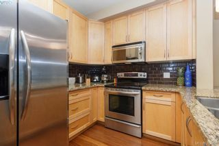 Photo 11: 305 611 Goldstream Ave in VICTORIA: La Fairway Condo for sale (Langford)  : MLS®# 777689