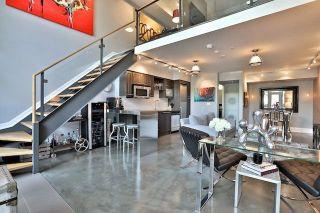 Photo 1: 25 Lourdes Lane Unit #8 in Toronto: North St. James Town Condo for sale (Toronto C08)  : MLS®# C3939601
