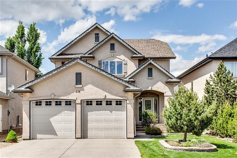 FEATURED LISTING: 214 CRANLEIGH VW Southeast Calgary