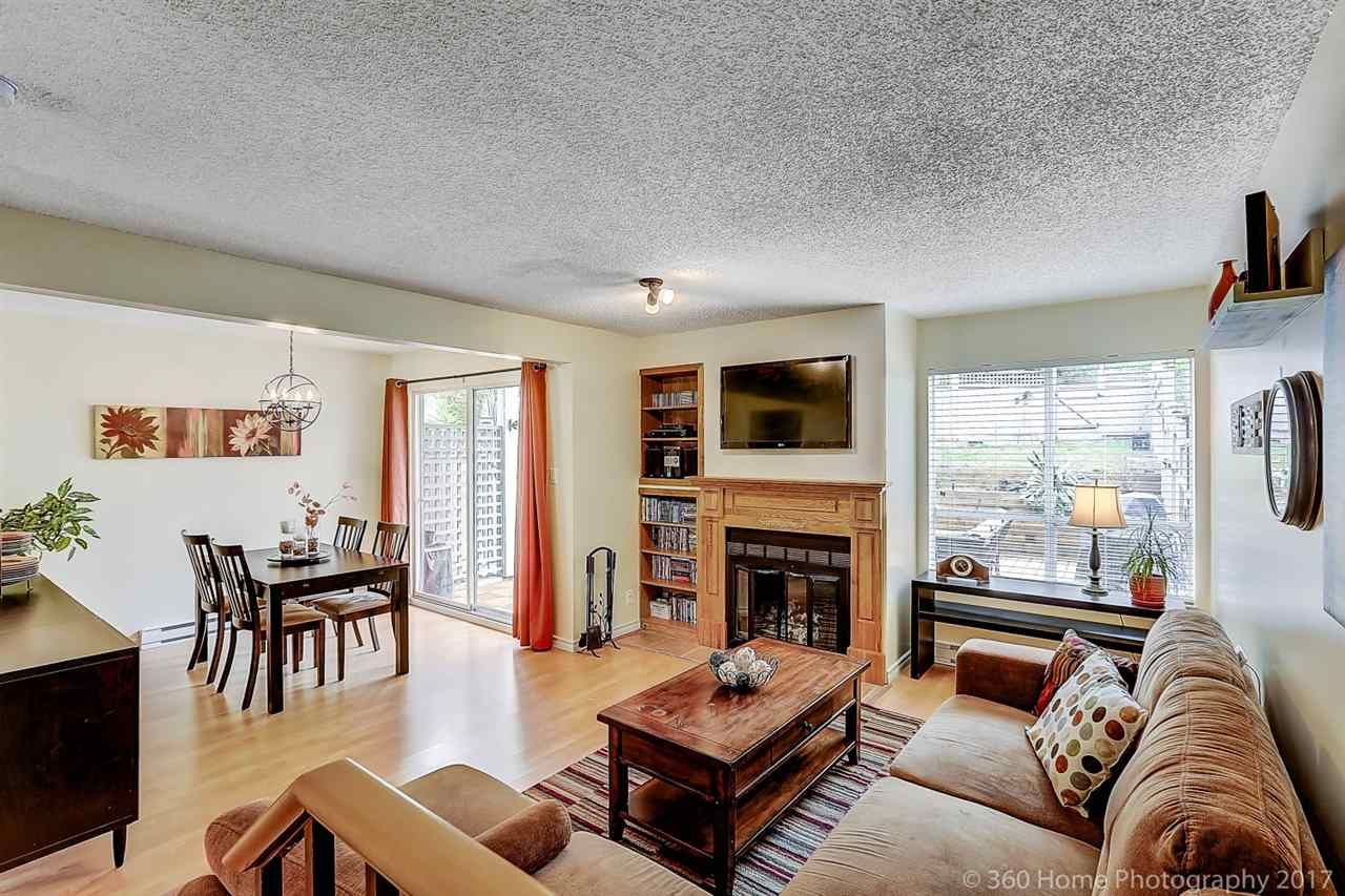 """Main Photo: 3425 LYNMOOR Place in Vancouver: Champlain Heights Townhouse for sale in """"MOORPARK"""" (Vancouver East)  : MLS®# R2152977"""