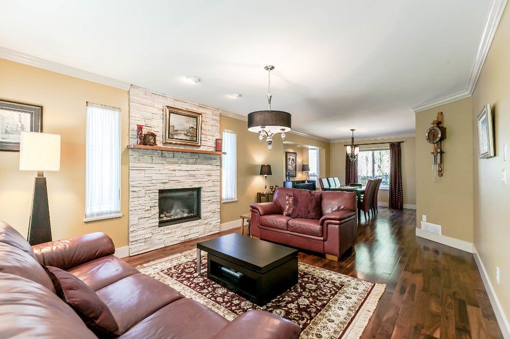 Photo 15: Photos: 21769 46 Avenue in Langley: Murrayville House for sale
