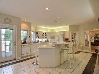 Photo 9: 223 Wilson Lane in Edmonton: Zone 22 House for sale : MLS®# E4220385