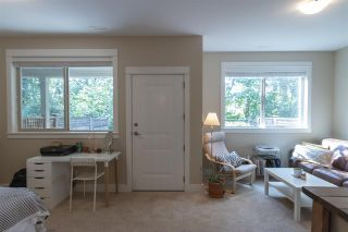 "Photo 14: 11 9590 216 Street in Langley: Walnut Grove Townhouse for sale in ""WOODROW LANE"" : MLS®# R2302279"