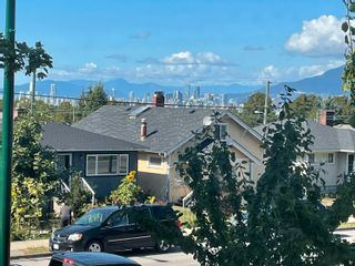 Photo 2: 4260 SLOCAN Street in Vancouver: Renfrew Heights House for sale (Vancouver East)  : MLS®# R2609013