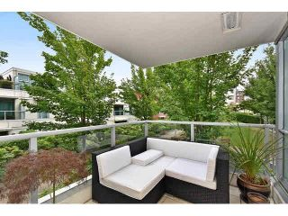 """Photo 12: 202 125 MILROSS Avenue in Vancouver: Mount Pleasant VE Condo for sale in """"CREEKSIDE"""" (Vancouver East)  : MLS®# V1142300"""