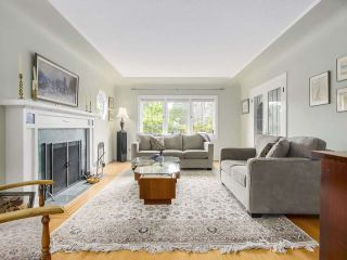 Photo 3: 3939 W KING EDWARD Avenue in Vancouver: Dunbar House for sale (Vancouver West)  : MLS®# R2191736