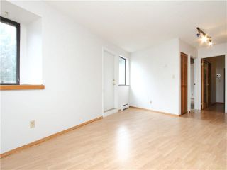 """Photo 9: 5 1115 W 10TH Avenue in Vancouver: Fairview VW Townhouse for sale in """"THE BEST DEAL IN FAIRVIEW!"""" (Vancouver West)  : MLS®# V1093253"""