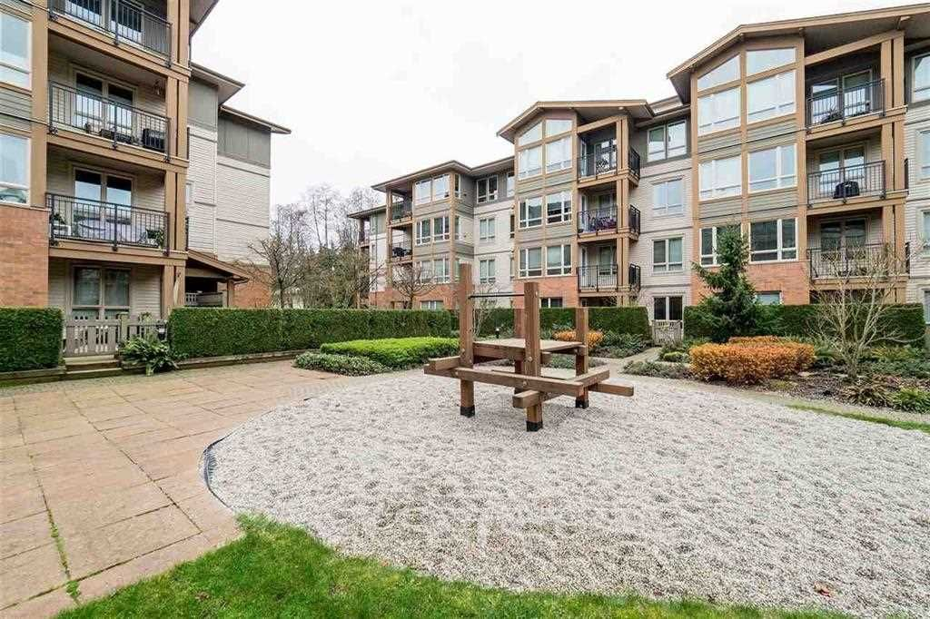 """Photo 2: Photos: 215 1111 E 27TH Street in North Vancouver: Lynn Valley Condo for sale in """"BRANCHES"""" : MLS®# R2111243"""
