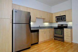 Photo 7: DOWNTOWN Condo for sale : 1 bedrooms : 889 Date #203 in San Diego