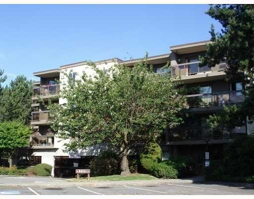 """Main Photo: 214 6651 LYNAS Lane in Richmond: Riverdale RI Condo for sale in """"BRAESIDE"""" : MLS®# V782566"""